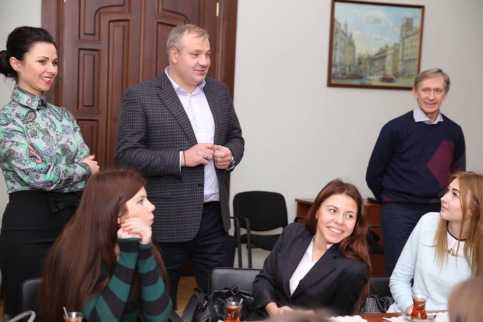 Как полиция защищала судью Усатого или акция против Курченко (+Фото) - изображение 5